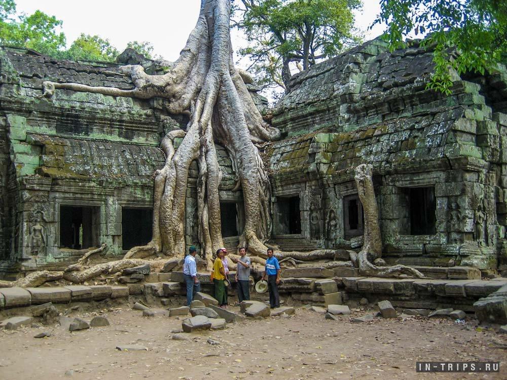 Храм Анджелины Джоли (Та Прум).
