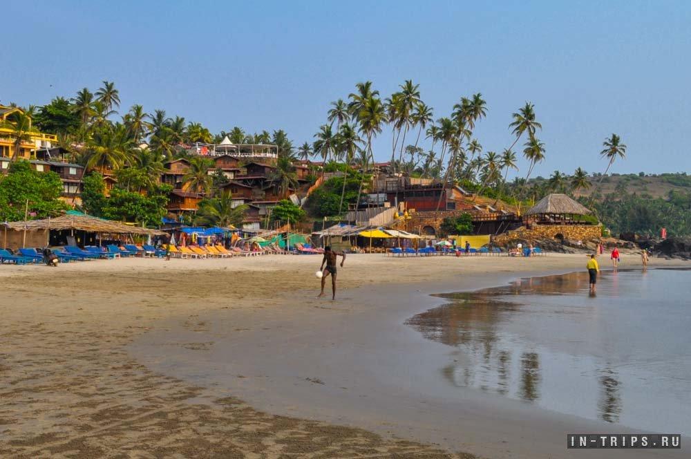 Отдых на пляже Вагатор в скверном Гоа.
