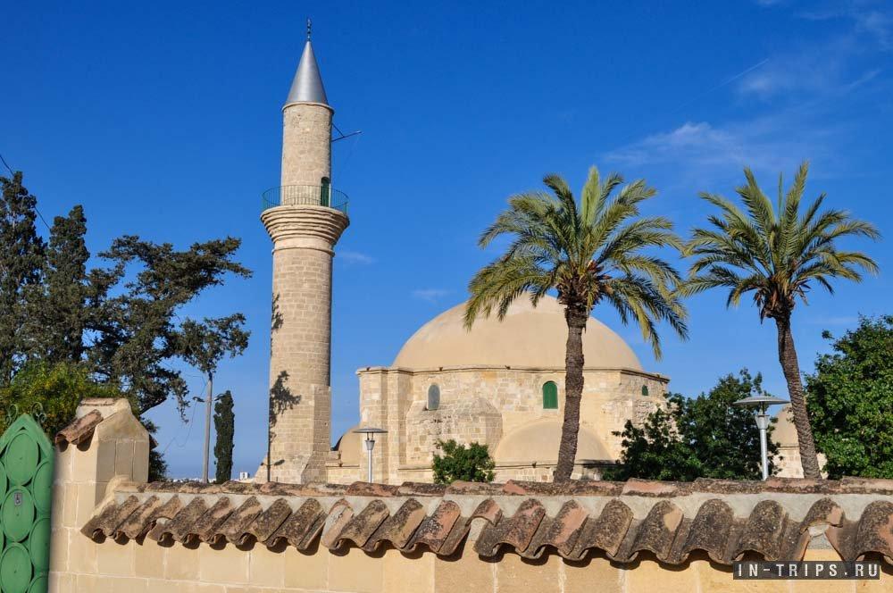 Мечеть Хала Султан Текке.